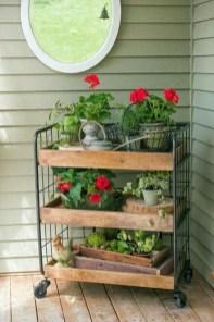Cool DIY Vertical Garden for Front Porch Ideas 30