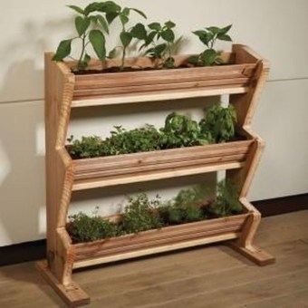 Cool DIY Vertical Garden for Front Porch Ideas 35