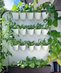 Cool DIY Vertical Garden for Front Porch Ideas 49