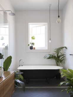 Cool Minimalist Bathroom to Add to Your Dream Home Decor 36