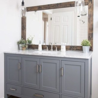 Cool Minimalist Bathroom to Add to Your Dream Home Decor 39