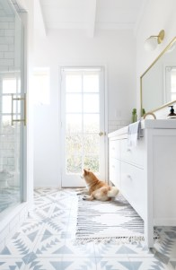 Cool Minimalist Bathroom to Add to Your Dream Home Decor 48