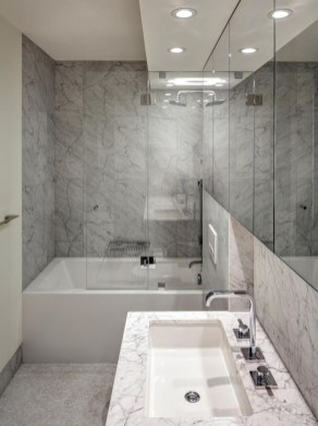 Cool Minimalist Bathroom to Add to Your Dream Home Decor 54