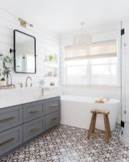 Cool Minimalist Bathroom to Add to Your Dream Home Decor 67