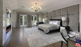Huge Bedroom Decorating Ideas 23
