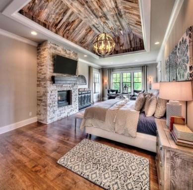 Huge Bedroom Decorating Ideas 32