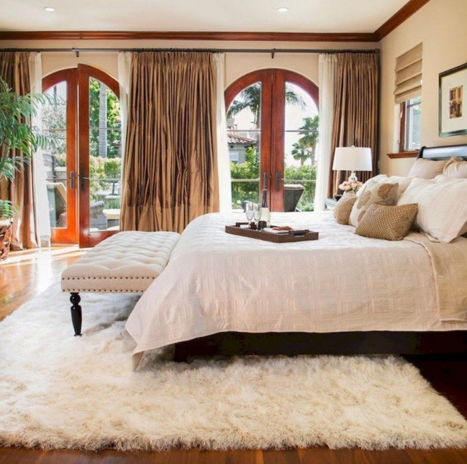 Huge Bedroom Decorating Ideas 36