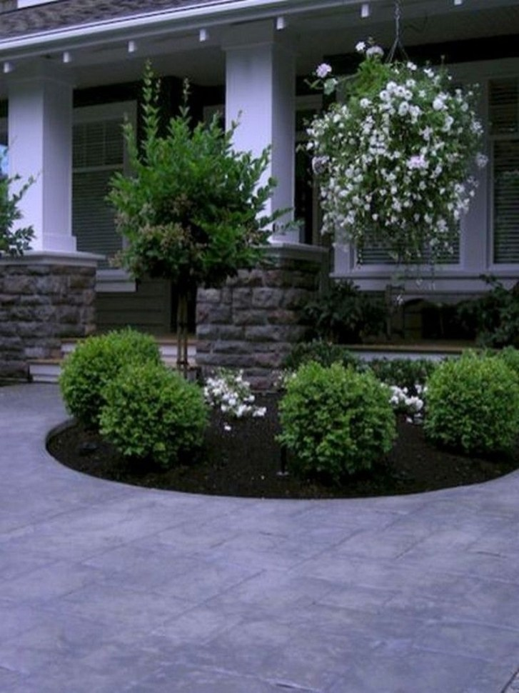 Landscaping Front Yard Ideas to Beautify Your Garden Design 10