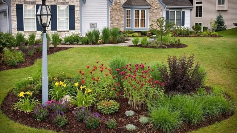 78 Landscaping Front Yard Ideas to Beautify Your Garden Design