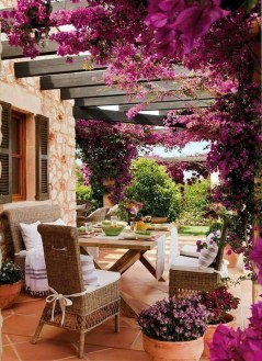Small Backyard Patio Ideas On a Budget 10