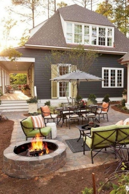 Small Backyard Patio Ideas On a Budget 34