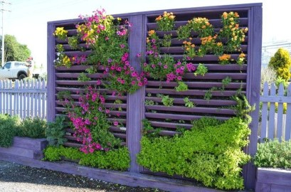 Stunning DIY Vertical Garden Design Ideas 19