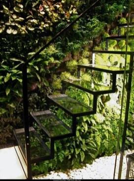 Stunning DIY Vertical Garden Design Ideas 34