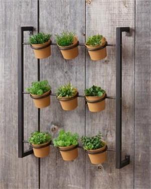 Stunning DIY Vertical Garden Design Ideas 52