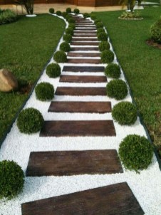 Amazing DIY Garden Decoration Idea You Must Try 04