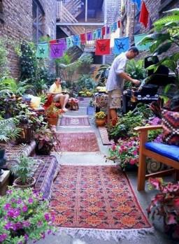 Basic Exterior Wall Into an Elegant Vertical Garden to Perfect Your Garden 07