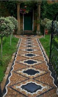Beautiful DIY Mosaic Ideas To Beautify Your Garden 11
