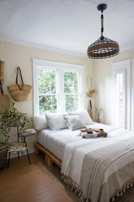 Best Maximizing Your Tiny Bedroom 03
