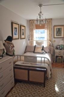 Best Maximizing Your Tiny Bedroom 13