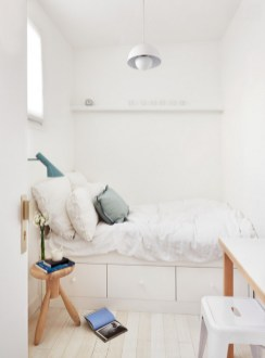 Best Maximizing Your Tiny Bedroom 14