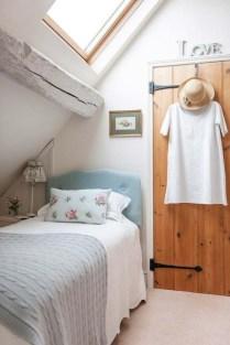 Best Maximizing Your Tiny Bedroom 43