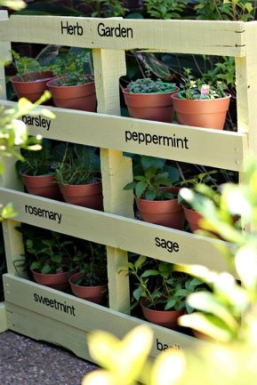 Cheap DIY Garden Ideas Everyone Can Do It 28
