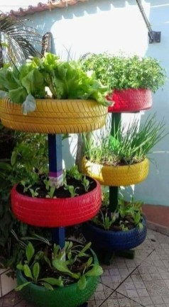 Cheap DIY Garden Ideas Everyone Can Do It 29