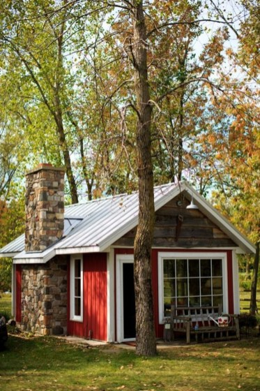 Comfortable Small Cottage House Plan Ideas 03