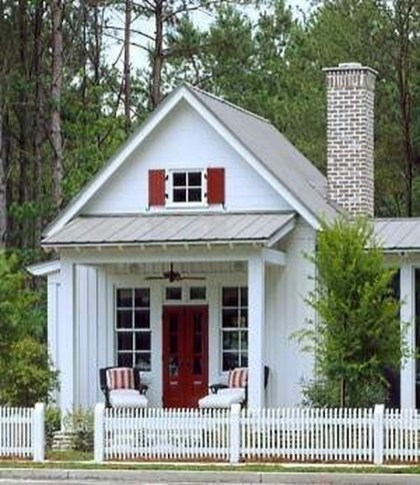 Comfortable Small Cottage House Plan Ideas 10