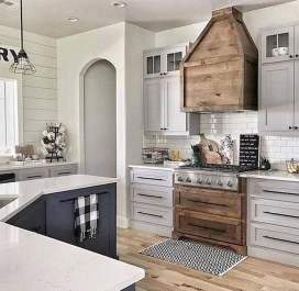 Cool Farmhouse Kitchen Decor Ideas On a Budget 03