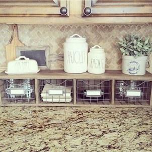 Cool Farmhouse Kitchen Decor Ideas On a Budget 18