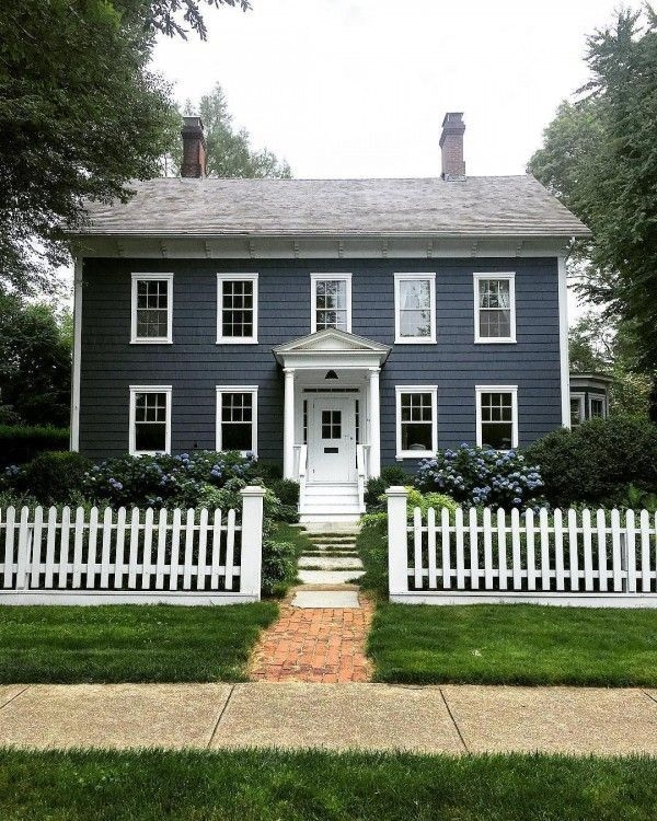 How to Coolest & Looks Bright, with Fences White-colored House 01