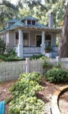 How to Coolest & Looks Bright, with Fences White-colored House 17