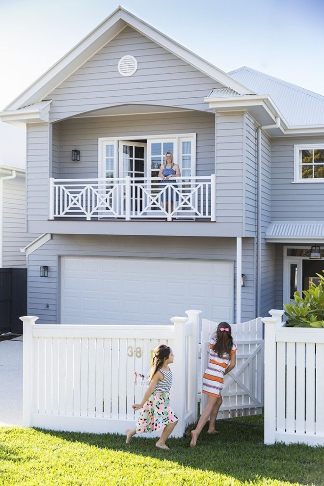 How to Coolest & Looks Bright, with Fences White-colored House 27
