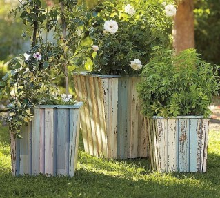 Inexpensive DIY Planter with Pallet 46