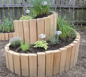 Inexpensive DIY Planter with Pallet 53