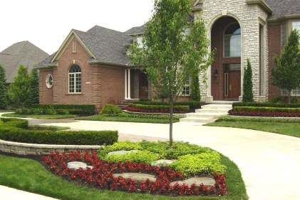 Most Amazing Front Yard and Backyard Landscaping Ideas 43