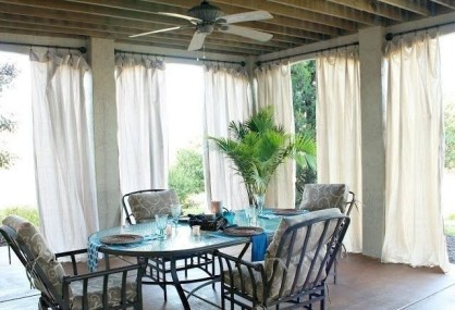 Outdoor Curtain Ideas to Spice Up Your Outdoor Space 33