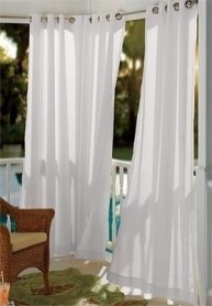 Outdoor Curtain Ideas to Spice Up Your Outdoor Space 37