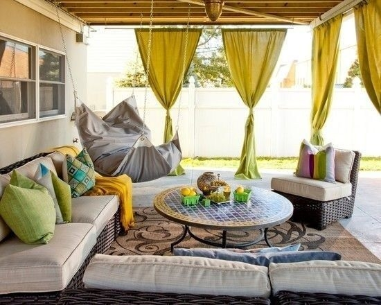 Outdoor Curtain Ideas to Spice Up Your Outdoor Space 44