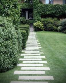 Stunning Garden Path and Walkways Design to Beautify Your Garden 44