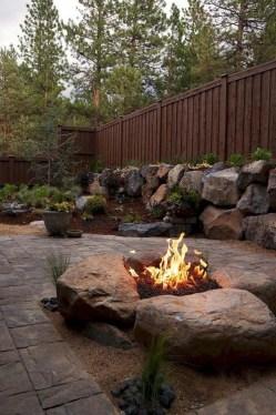 Wonderful Outdoor Firepit Ideas 51
