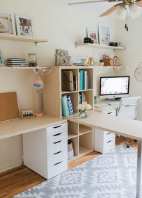 Amazing DIY Space-Saving Pallet Desk Ideas That You Must Try 10