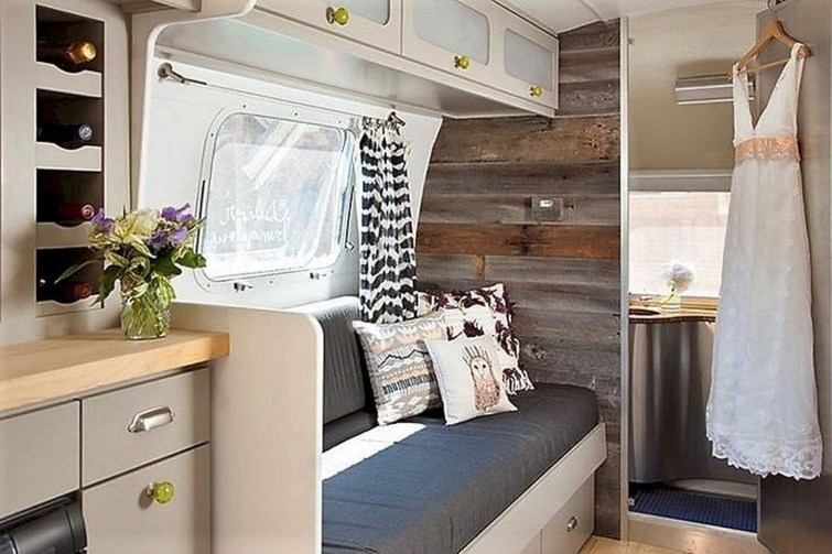 Amazing RV Decorating Designs and Project That You Have To Try 10