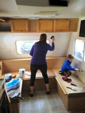 Amazing RV Decorating Designs and Project That You Have To Try 35