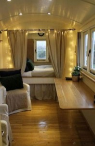 Amazing RV Decorating Designs and Project That You Have To Try 41