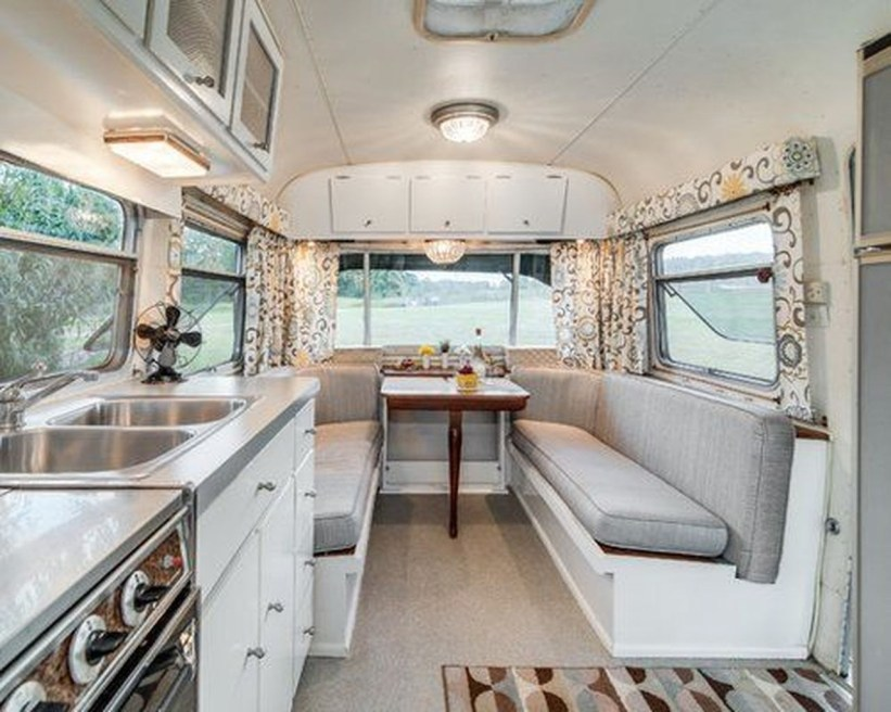 Amazing RV Decorating Designs and Project That You Have To Try 52