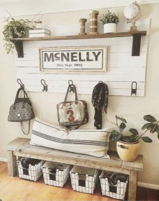 Amazing Rustic Farmhouse Decor Ideas on A Budget 19