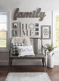 Amazing Rustic Farmhouse Decor Ideas on A Budget 28