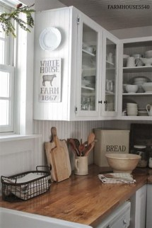 Amazing Rustic Farmhouse Decor Ideas on A Budget 35